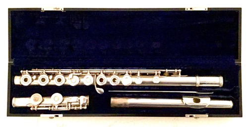 Armstrong Emeritus silver flute #3-3853 (used)
